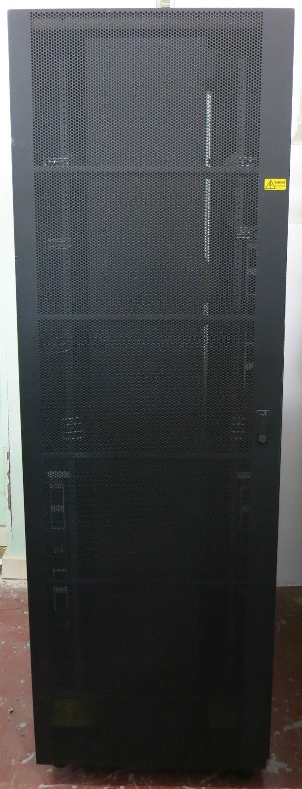 Ibm 7014 T42 42u Server Network Rack Cabinet Enclosure